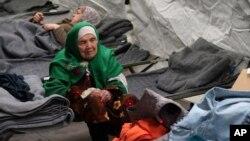بی بی ازبکی، در کمپ پناه جویان در کورشیا