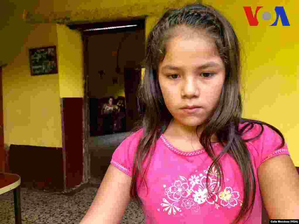Katerin González García de 10 años es hermana de Yeni