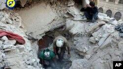 阿勒頗被轟炸後。