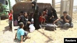 Para pengungsi Suriah di kamp Zaatri di kota Mafraq, Yordania (foto: dok). Anak-anak ikut menjadi korban kekerasan di Suriah.