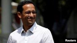 Nadiem Anwar Makarim, 36 ans, fondateur de la société indonésienne de covoiturage et de paiement en ligne Gojek, est l'actuel ministre de l'Education en Indonésie, 21 octobre 2019. (Reuters/Willy Kurniawan)