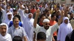 بحرين صحنه تشنجی شديد و برنامه ريزی معترضين برای تظاهرات بيشتر است