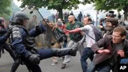 Manifestations dans les rues de Paris.