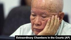 前红色高棉国家元首乔森潘