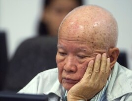 IKhieu Samphan, former Khmer Rouge head of state, sits in the court room during a hearing at the U.N.-backed war crimes tribunal in Phnom Penh, Cambodia, July 30, 2014.
