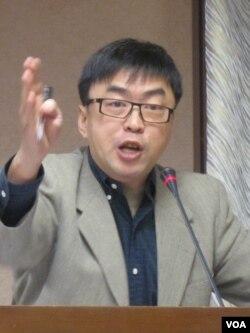 民進黨立委 段宜康( 美国之音 張永泰拍摄 )