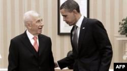 Президент Израиля Шимон Перес (слева) и президент США Барак Обама. Белый дом. Вашингтон. 5 апреля 2011 года