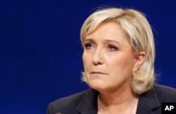Марін Ле Пен заявила, що боротиметься з тероризмом рішучіше.