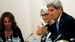 """El secretario de Estado de EE.UU., dijo que a pesar de la nueva extensión, no estarán en una mesa de negociación """"para siempre""""."""