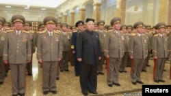 شمالي کوریا، متحده ایالاتو ته د شدید غبرگون په ترڅ کې پرهغه هیواد باندې لگول شوي بندیزونه غندي