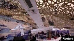 ایران چند هفته پیش از طیارۀ بی پیلوت دیگر به نام صاعقه نیز پرده برداشت