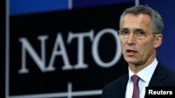 2일 벨기에 브뤼셀에서 열린 북대서양조약기구 외교장관 회의에서 젠스 스톨텐버그 나토 사무총장이 발언하고 있다.