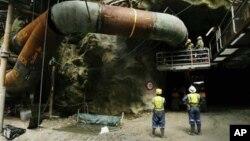 Suasana pertambangan batu bara di Pike River, Selandia Baru, sebelum terjadinya ledakan 19 November 2010 (Foto: dok). Hasil penyelidikan tim komisi kerajaan Selandia Baru menyatakan bahwa ledakan tersebut terjadi karena kelalaian operator yang meremehkan standar keselamatan pekerja, Senin (5/11).