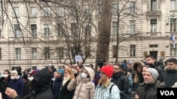 People on anti pollution protests in Sarajevu