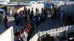 پناهجویان افغان و سودانی در کاله مستقر اند