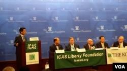 오준 유엔주재 한국대표부 대사가 20일 헤리티지 재단에서 한미연구소(ICAS) 주최로 열린 토론회에 참석해 대북 제재와 인권 압박의 효과를 설명하고 있다.