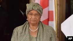 La présidente du Libéria, Ellen Johnson Sirleaf, lors d'une réunion à Abuja, Nigeria, le 9 janvier 2017.
