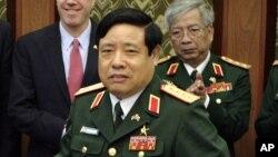 Bộ trưởng Quốc phòng Phùng Quang Thanh.