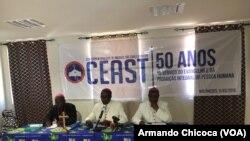 """Bispos angolanos criticam a """"escandalosa falta de medicamentos"""" - 2:56"""