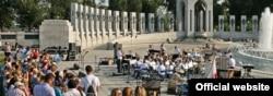Monumento a los héroes de la Segunda Guerra Mundial, en Washington D.C.
