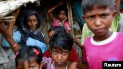 지난해 8월 태국 시트웨 외곽 난민촌에 폭력 사태를 피해 달아난 로힝야 족 난민들이 머무르고 있다.
