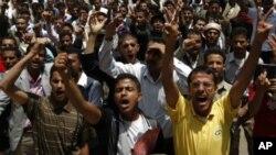 گلوله باری عساکر یمنی بر مظاهره کنندگان