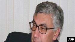 Eldar Namazov: Hakimiyyətdəki nüfuzlu bir qrup Azərbaycanla Amerika münasibətlərini gərginləşdirməyə çalışır