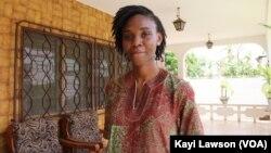 """La bloggeuse Togolaise Mikafui Akue a initié sur les réseaux sociaux le challenge """"ForzaSistas"""", le 6 mars 2019. (VOA/Kayi Lawson)"""