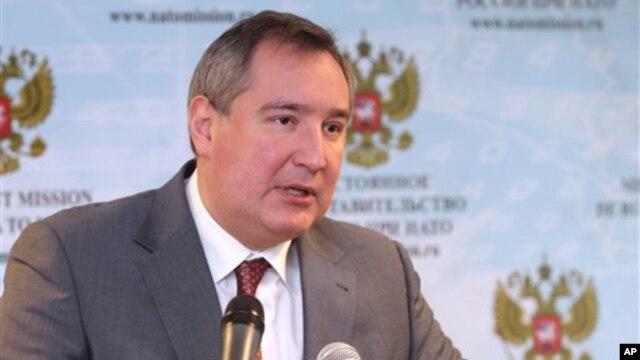 올해 1월 벨기에 브뤼셀에서 나토 미사일 방어체제에 대해 발언하는 디미트리 라고진 러시아 부총리.
