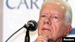 El ex presidente de Estados Unidos, Jimmy Carter durante conferencia de prensa en las elecciones presidenciales de Venezuela en 2004.