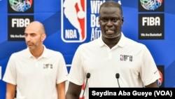 Amadou Gallo Fall lors de la 17e édition du camp de la NBA, à Dakar, Sénégal, le 28 juillet 2019. (VOA/Seydina Aba Gueye)