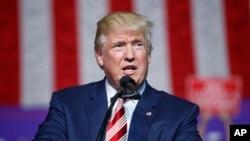 Kandida Pati Repibliken an, Donald Trump.