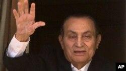 پخوانی جمهور رئیس حسني مبارک د ٩١ کالو په عمر ومړ