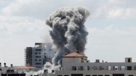 Izraeli godet linjat e furnizimit të Gazës