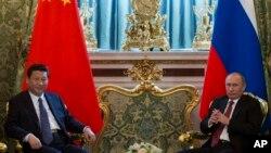 Kineski i ruski predsednik Ši Đinping i Vladimir Putin tokom susreta u Moskvi, 22.mart, 2013.