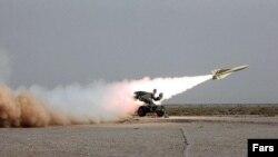 ایران به هشدارهای بین المللی برای توقف برنامه موشکی توجهی ندارد.