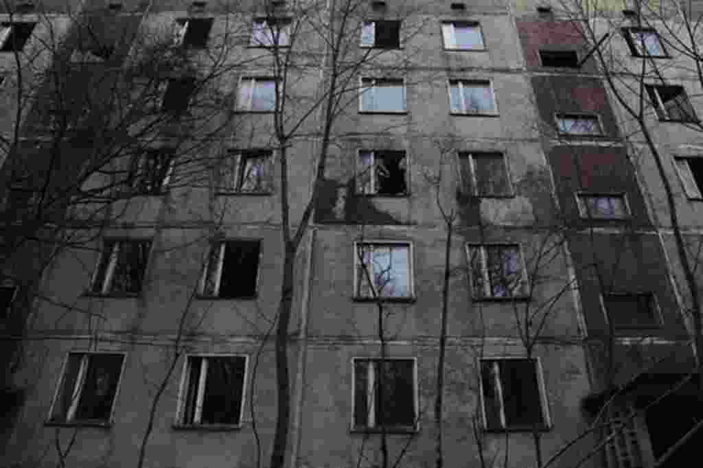 Casas abandonadas en Pripyat. Las autoridades de Chernobyl decidieron obligar a las personas a evacuar y a abandonar sus hogares a las 24 horas de la explosión.