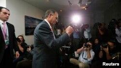 Ketua DPR AS, John Boehner saat melakukan pertemuan khusus dengan anggota DPR faksi Republik (16/10). Kongres AS menghadapi tugas sulit mengenai prioritas anggaran.