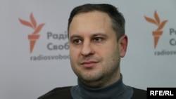 За словами Івана Ліщини, Київ передав суду, зокрема, матеріали від спецслужб, які доводять, що Кремль контролює незаконні збройні угруповання на Донбасі