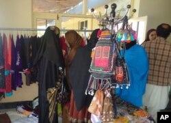 زنان تجارت پیشه ننگرهار از نبود بازار فروش محصولات شان شکایت دارند