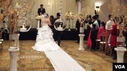 지난해 12월 미국 버지니아주에서 열린 한 탈북자 가족의 결혼식. (자료사진)