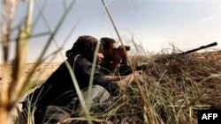 Libijski pobunjenici iščekuju napad Gadafijevih snaga