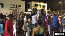 El incidente sucedió en una tienda de conveniencia de Baton Rouge, Luisiana.