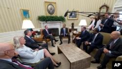 Obamaning TPP bitimi tashabbusini qo'llab-quvvatlayotganlar. 16-sentabr 2016-yil