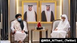 طالبان کے نائب امیر ملا عبدالغنی برادر کی قطری وزیرِ خارجہ محمد بن عبدالرحمن الثانی سے ملاقات۔