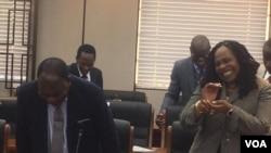 Unkosikazi Monica Mutsvangwa umpathintambo wezokwethulwa kwemibiko anda arrive for the 29th post Cabinet press briefing
