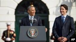رئیس جمهوری آمریکا در کنار نخست وزیر کانادا