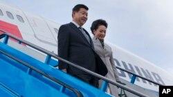 Presiden China Xi Jinping dan isteri tiba di Belanda untuk melakukan lawatan kenegaraan (22/3).
