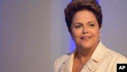 Una corte estadounidense que investiga a la petrolera estatal brasileña Petrobras podría citar a Dilma Rousseff a declarar como parte del proceso.