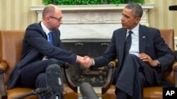 Barack Obama se entrevistó en la Casa Blanca con el primer ministro de Ucrania, Arseniy Yatsenyuk.